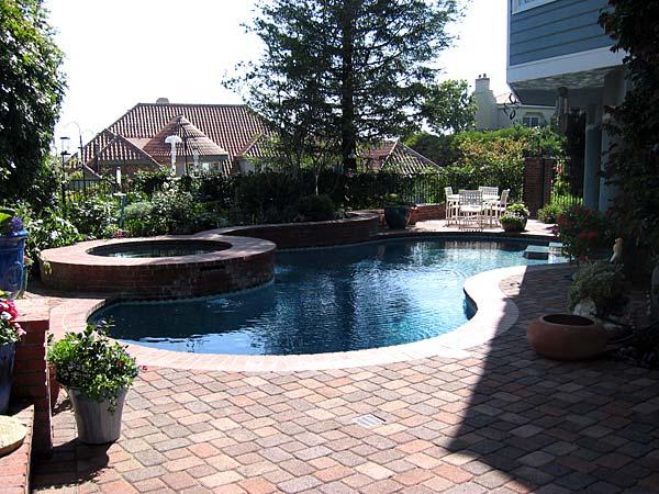 Custom swimming pools orange county pool builder san diego for Pool design orange county ca
